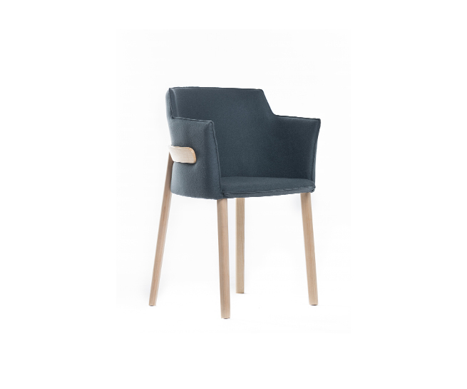 pince Upholstered armchair thonet by LucidiPevere